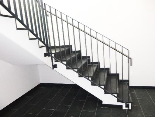 Treppengeländer in edlem anthrazit